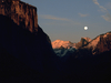 moon-over-half-dome